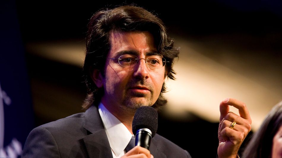 Ebay founder backs tests to give people free money