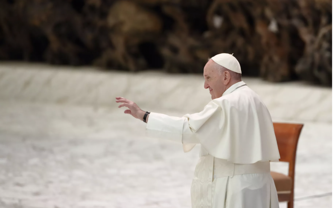 Pope Francis Urges Followers to Pray That AI and Robots 'Always Serve Mankind'